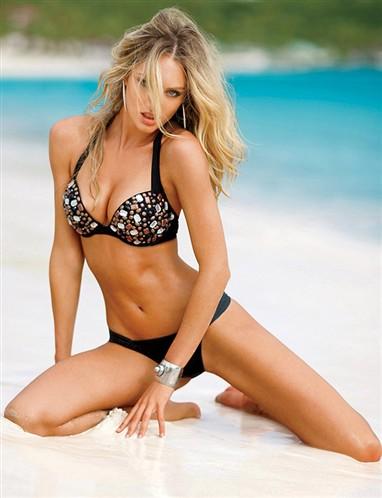Candice Swanepoel sexy